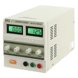 Labornetzgerät  0-30V 0- 3 A regelbar